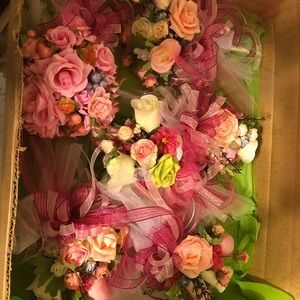 Bundle of toss small bridal bouquets